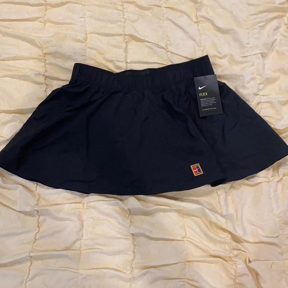 Nwt Nike flex skirt